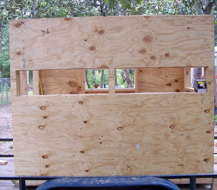 A diy guide on building a box blind hunting blind deer blind front view of skin on box blind solutioingenieria Image collections